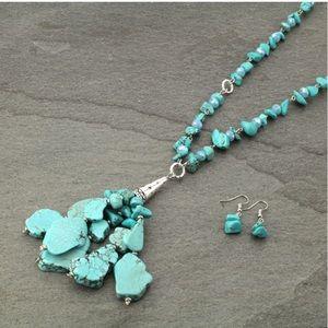 Western Stone Faux Turquoise Necklace Set